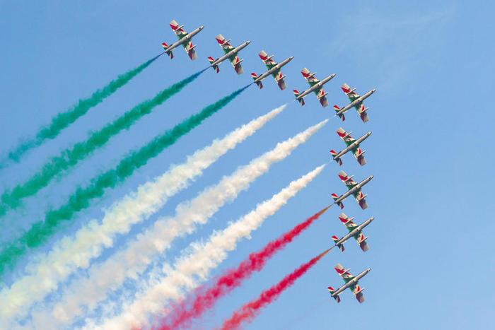 Festa repubblica frecce tricolori - Festa da República Italiana